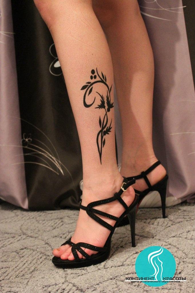 Рисунок на ноге своими руками 6